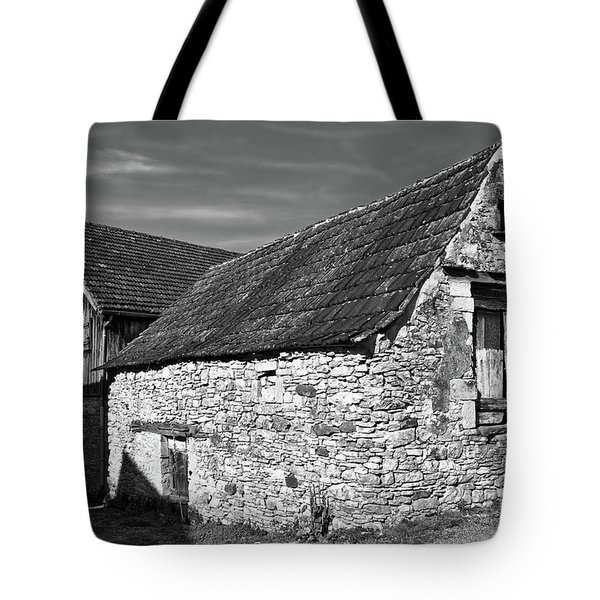 Tote Bag featuring the photograph Medieval Country House Sound by Silva Wischeropp