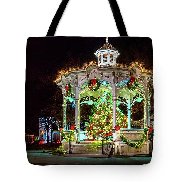 Medina, Ohio Christmas On The Square. Tote Bag
