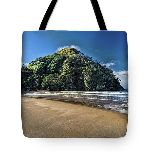 Medlands Beach Tote Bag by Karen Lewis