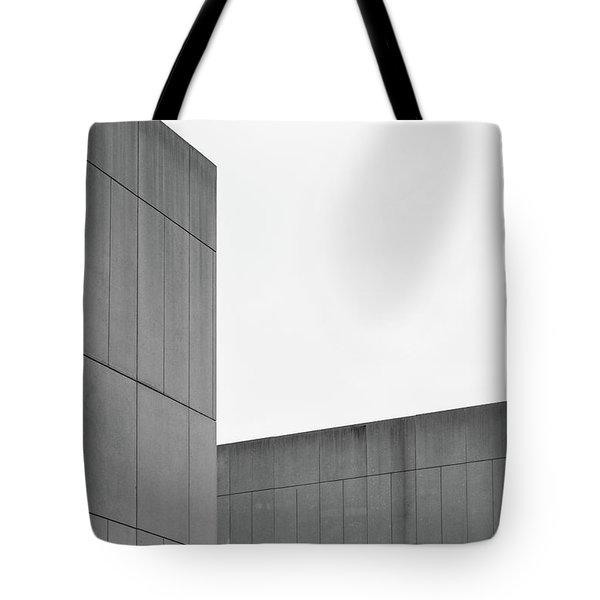Medsci Building Tote Bag