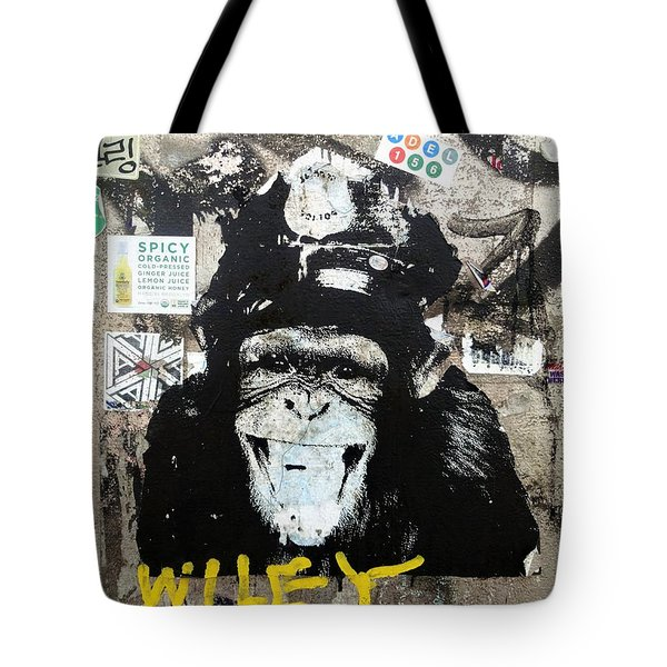 Meet Wiley In New York  Tote Bag