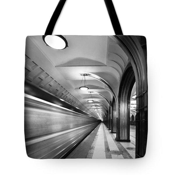 Metro #5147 Tote Bag