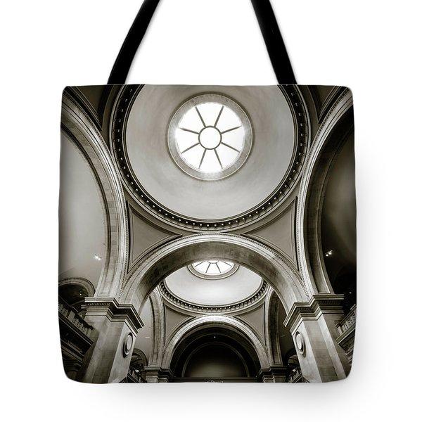 Metropolitan Museum Of New York Tote Bag