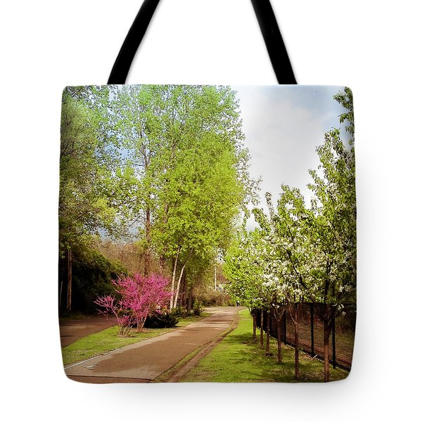 Midtown Greenway Spring In Minneapolis Tote Bag