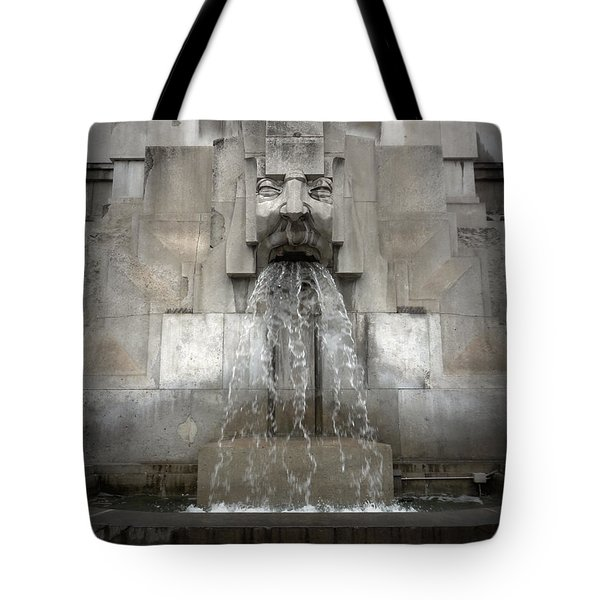 Milan Train Station Fountain Tote Bag