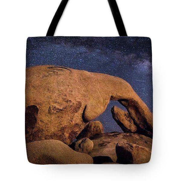 Milky Way Over Arch Rock Tote Bag