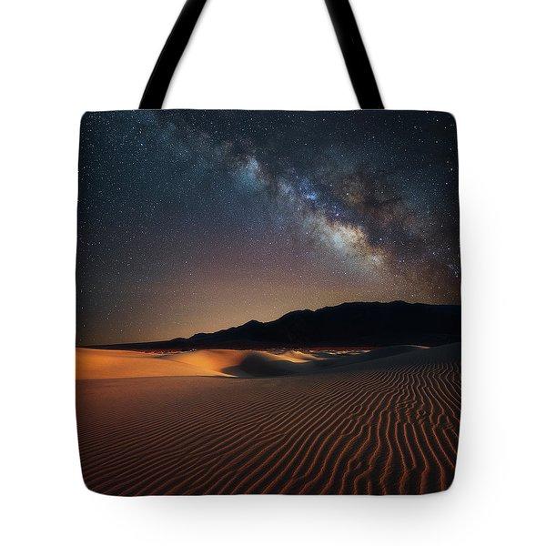 Milky Way Over Mesquite Dunes Tote Bag