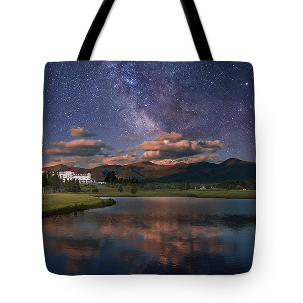 Milky Way Over The Omni Mount Washington Tote Bag