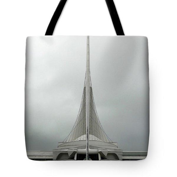 Milwaukee Art Museum Symmetry Tote Bag