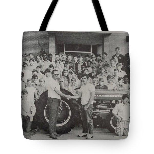 Mineola 0287 Tote Bag