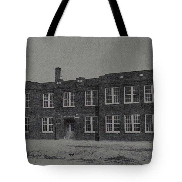 Mineola 0312 Tote Bag
