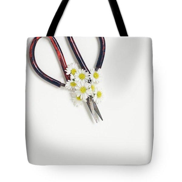 Miniature Daisies And Vintage Scissors Tote Bag