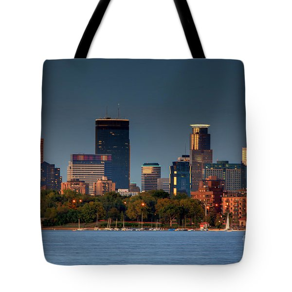 Minneapolis Skyline Photography Lake Calhoun Summer Evening Tote Bag