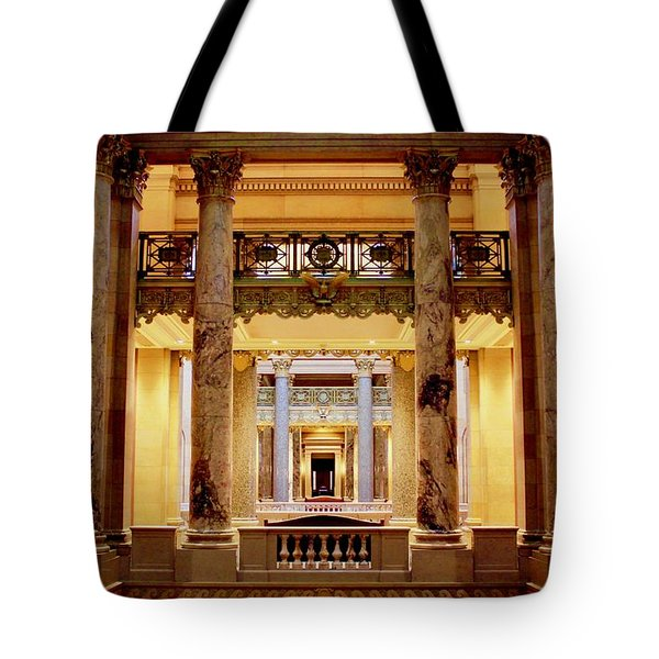 Minnesota Capitol Supreme Court Tote Bag
