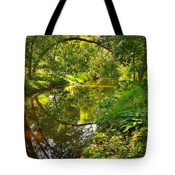 Minnesota Living Tote Bag by Lisa Piper