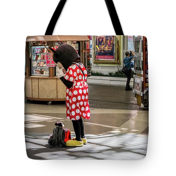 Minnie Has A Moment Tote Bag