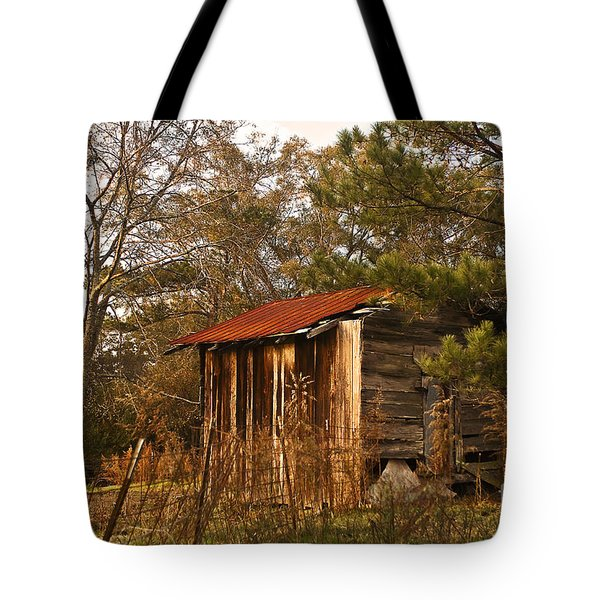 Tote Bag featuring the photograph Mississippi Corn Crib by Tamyra Ayles
