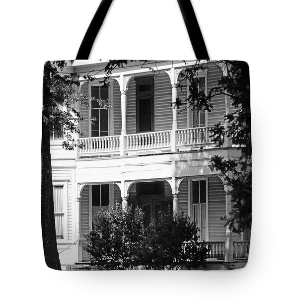 Mississippi Haunted House Tote Bag
