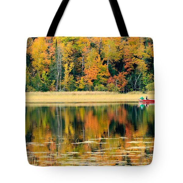 Mn Fall Fishing Tote Bag