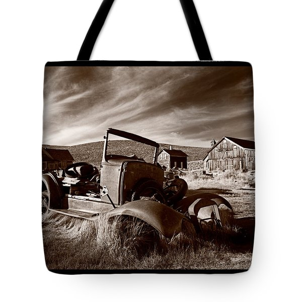 Model A Bodie Tote Bag