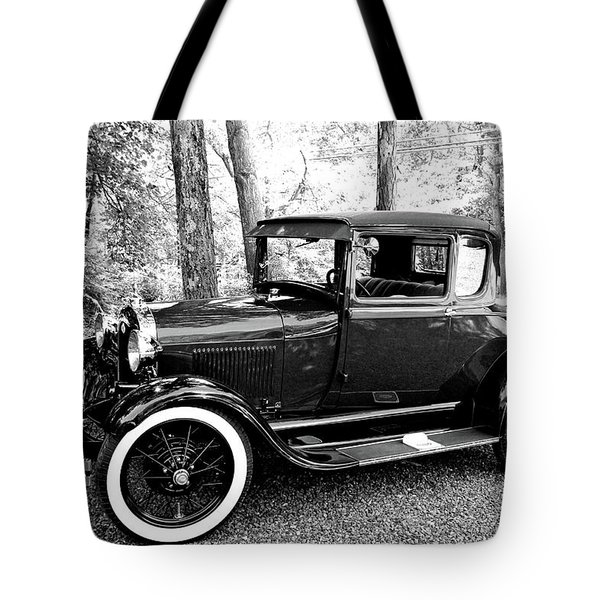 Model A In Black And White Tote Bag