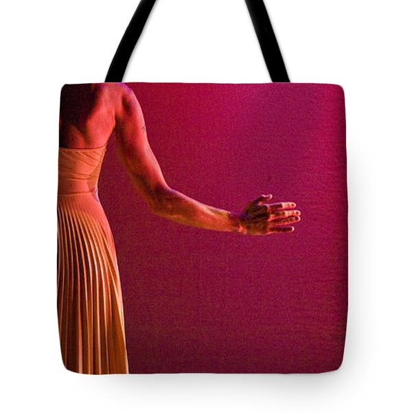 Tote Bag featuring the photograph Modern Dance 17 by Catherine Sobredo