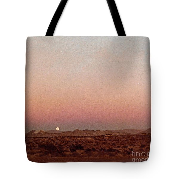 Tote Bag featuring the digital art Mojave Sunset by Walter Chamberlain