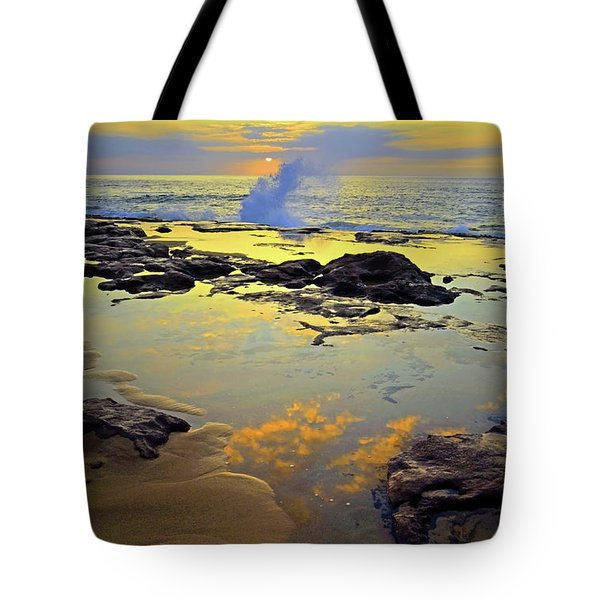 Tote Bag featuring the photograph Mololkai Splash by Tara Turner