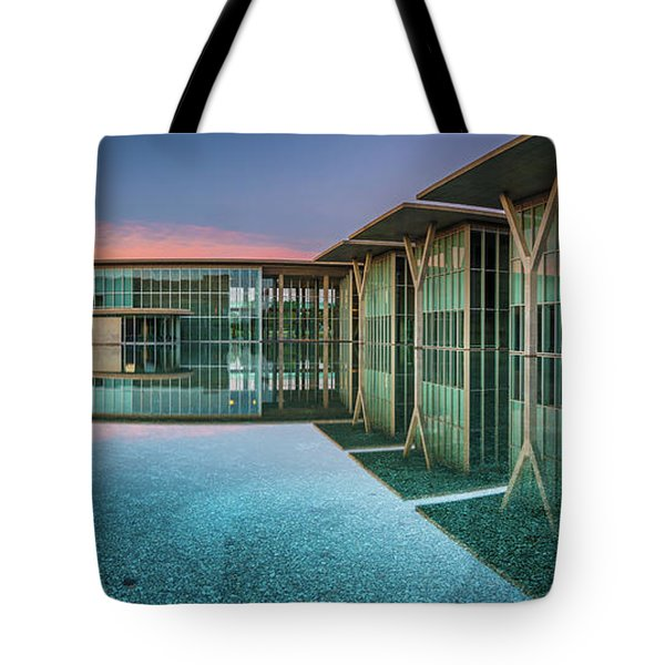 Moma Panorama Tote Bag