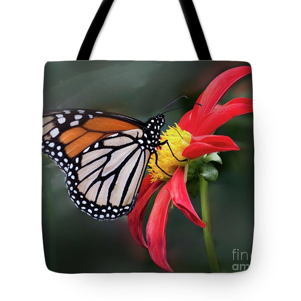 Monarch  Butterfly Enjoying A Dahlia Tote Bag