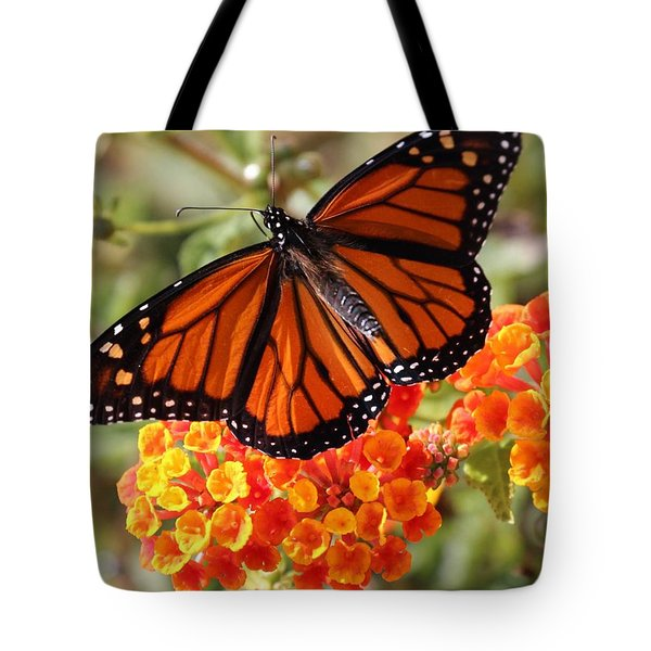 Monarch On 2 Flowers Tote Bag