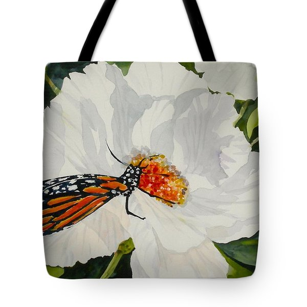 Monarch On A Poppy Tote Bag