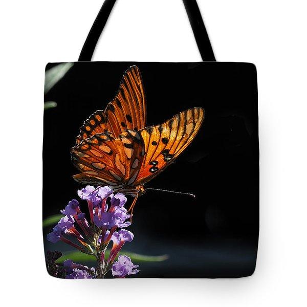 Monarch On Purple Flowers Tote Bag