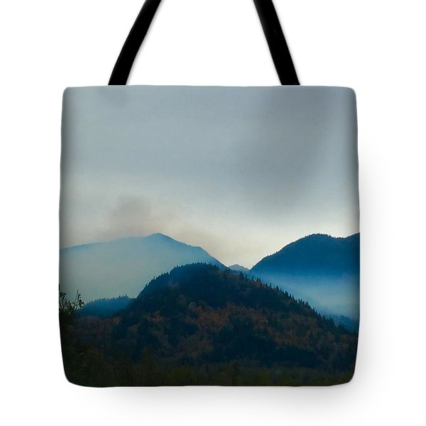 Montana Mountains Tote Bag