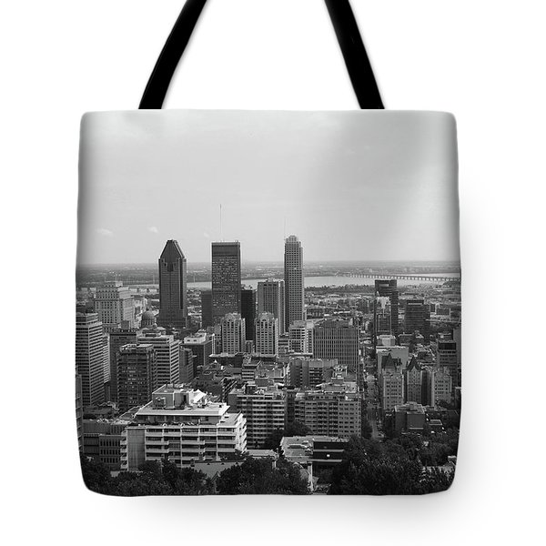 Montreal Cityscape Bw Tote Bag