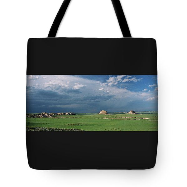 Moody-buttes Tote Bag