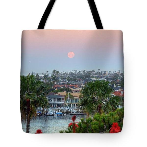 Full Moon Setting In Corona Del Mar Tote Bag