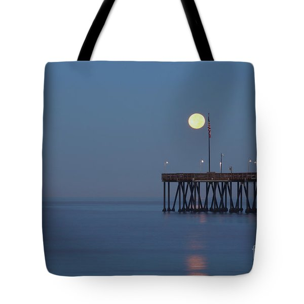 Tote Bag featuring the photograph Moonset At The Ventura Pier by John A Rodriguez