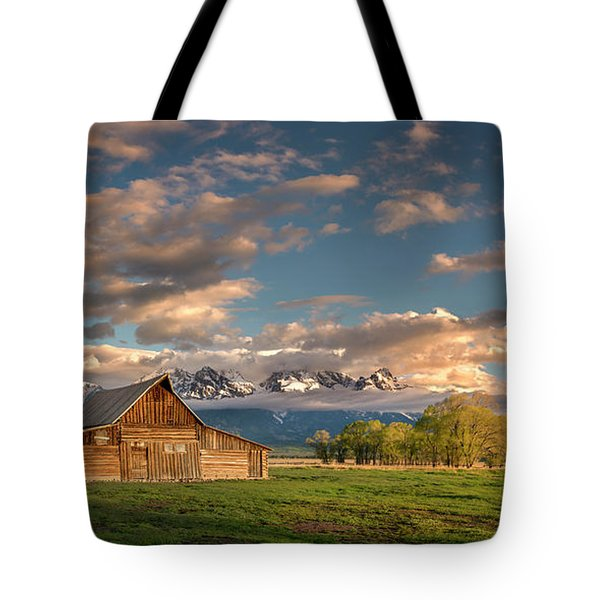 Mormon Row At Sunrise Tote Bag