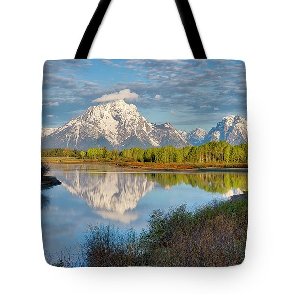 Tote Bag featuring the photograph Morning At Oxbow Bend by Joe Paul