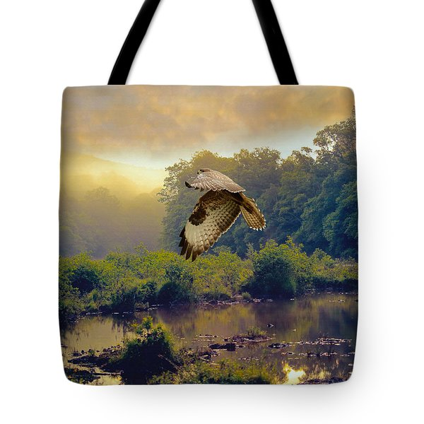 Tote Bag featuring the photograph Morning Buzzard by Roy  McPeak