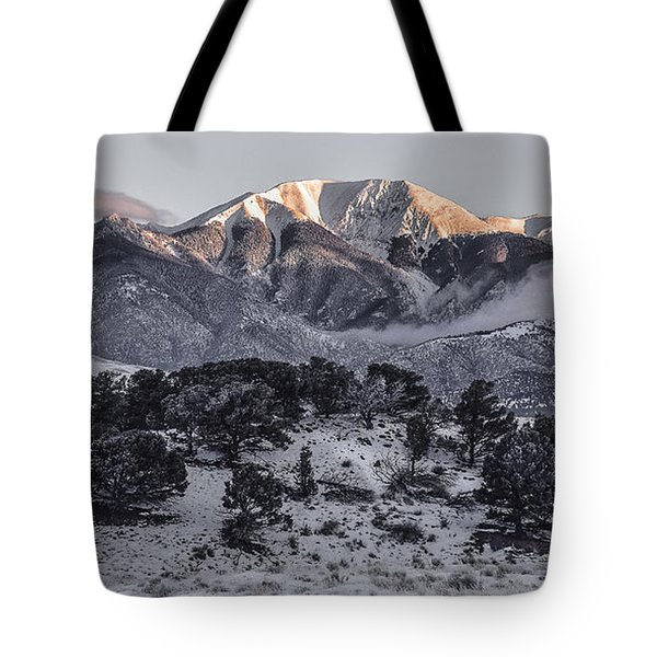 Morning Glow In The Rockies Tote Bag