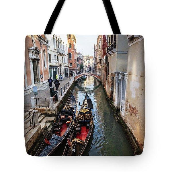 Morning In Venice In Winter Tote Bag
