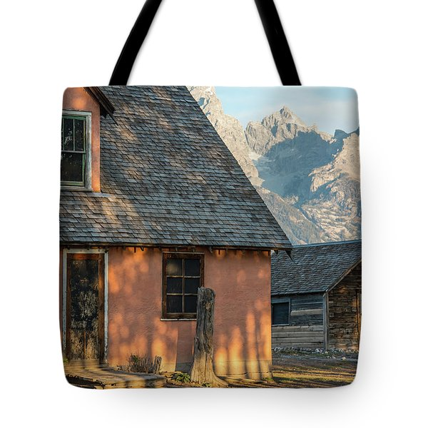 Tote Bag featuring the photograph Moulton Homestead - Pink House At Morning Light by Colleen Coccia