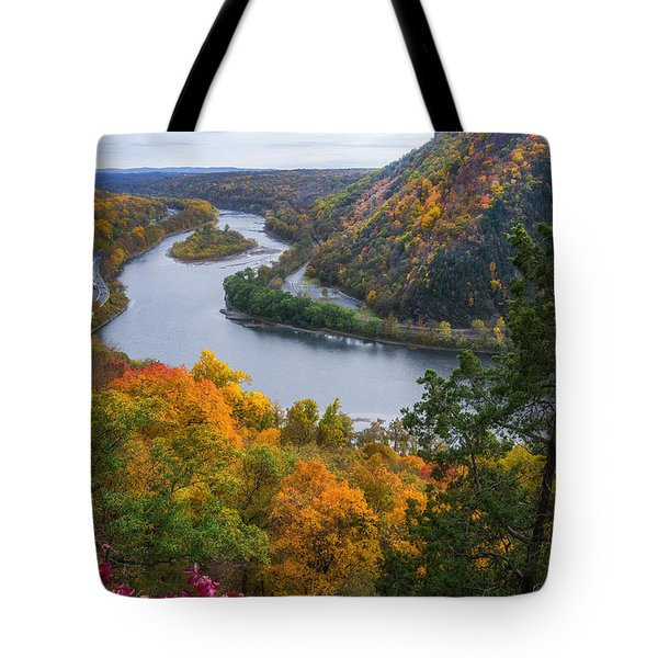Tote Bag featuring the photograph Mount Minsi 2 by Mark Papke