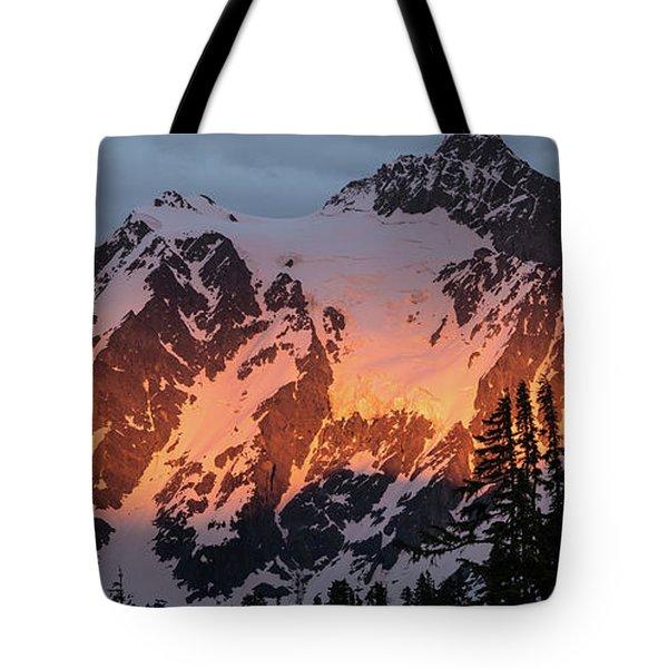 Mount Shuksan Brilliant Alpenglow Tote Bag