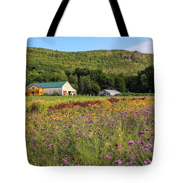 Tote Bag featuring the photograph Mountain View Farm Easthampton by Sven Kielhorn