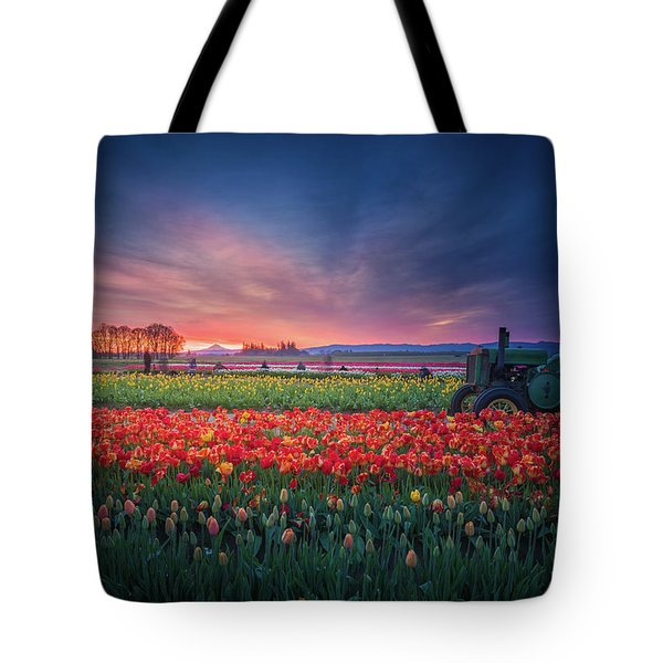 Tote Bag featuring the photograph Mt. Hood And Tulip Field At Dawn by William Lee