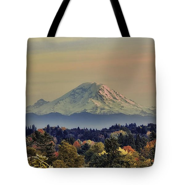 Mt Rainer Fall Color Rising Tote Bag