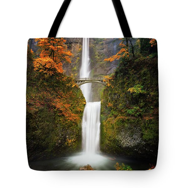 Multnomah Falls In Autumn Colors Tote Bag